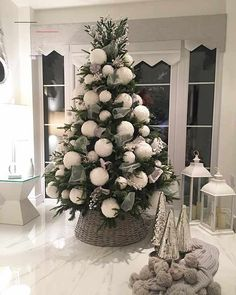 "��� ���� - �������� ����� on Instagram: ""Tree number two is finally up ��#christmastree #christmasdecor #christmas #christmasbaubles #christmas2017 #christmasinspiration…"" - #weihnachtsbaumschmücken Elegant Christmas Trees, Ribbon On Christmas Tree, Beautiful Christmas, Christmas Home, Christmas Tree Ornaments, White Christmas, Christmas Candle Centerpieces, Outdoor Christmas Decorations, Holiday Decor"