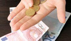 New Study Shows Decline of Greek Middle Class   GreekReporter.com