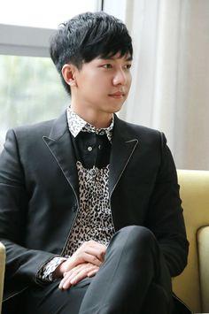 Lee Seung Gi oppa~ joaheee :D
