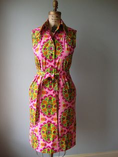 beautiful Thai Bangkok dress // vintage 70s print by RockThatFrock