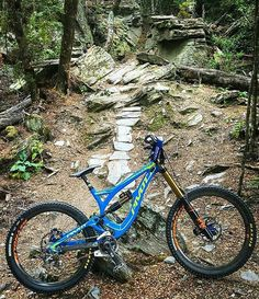 Bike : Pivot Phoenix -Fox 40 Float Fork -Fox x2 Float Rear Shock . Pic : @unkown Rider : @unkown Check out and follow @pangolin.racing
