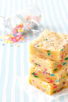 These colorful White Chocolate Funfetti Blondies are a perfect Easter treat!