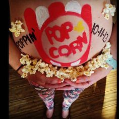 22 Pregnant Belly Artworks For Any Occasion - Gallery - Pregnant Women Baby On The Way, Baby Love, Popcorn Costume, Pregnancy Costumes, Costumes Pregnant, Pregnant Belly Painting, Belly Art, Belly Photos, Crazy Costumes