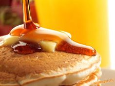 """Best pancakes in the world najlepšie """"americké"""" lievance Best Homemade Pancakes, Pancakes Easy, Fluffy Pancakes, Homemade Maple Syrup, Breakfast Pictures, Breakfast Ideas, Pancake Breakfast, Pancake Stack, Breakfast Recipes"""