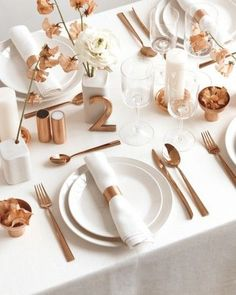 29 simple modern tablescape with copper details is a great and edgy idea - Weddingomania Bronze Wedding Decorations, Table Decorations, Centerpieces, Copper Pipe Fittings, Copper And Grey, Copper Accents, Copper Wedding, Wedding White, Fall Wedding