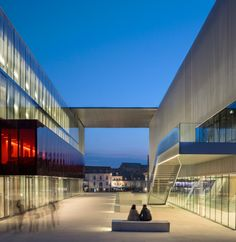 LES-QUINCONCES_Hall-haut-du-Cinema_BABINRENAUD-ARCHITECTS
