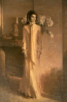 This oil on canvas portrait of First Lady Jacqueline Bouvier Kennedy was painted by Aaron Shikler in 1970 and was placed on public display in the East Room on F. Jacqueline Kennedy Onassis, Kennedy Jr, Jackie Kennedy Style, Jaqueline Kennedy, Caroline Kennedy, John F Kennedy, Jfk Jr, First Lady Portraits, Yorkie
