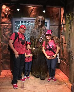 The best part of the trip  we got to meet #chewbacca  #familyvacation #blessed #disneyland #starwars #geek #yay #myfav by mrs.mex