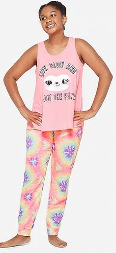 Live slow and enjoy the party! Cute pajama set for girls with smiley and sleepy reversible sloth sequins. Cute Pajama Sets, Cute Pajamas, Girls Pajamas, Pajamas Women, Baby Sloth, Cute Sloth, Sloth Pajamas, Sloth Sleeping, Gifted Kids