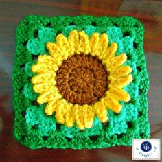 crochet sunflower granny square