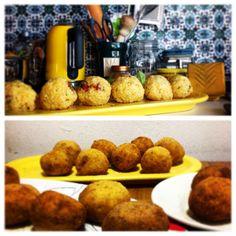 Tradizioni a #palermo: arancine per S.Lucia. #ptitzelda2014 #ptitzelda2014day13 #zeldawasawriter