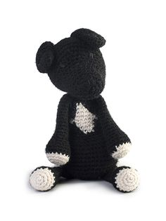 Part of the brand new collection of amigurumi crochet dogs designed by Kerry Lord. This amigurumi Staffordshire Bull Terrier is crocheted in TOFT chunky yarn and makes the perfect gift for adults and children alike. THIS KIT CONTAINS:  480g of Chunky Yarn in a colour of your choice and 120g cream wrapped up in a TOFT cotton tote. To complete your Staffie you will need toy stuffing plus a scrap of black thread for eyes and nose. You can download the pattern in a universal A4 format from a…