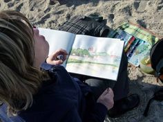 Malen am Ostseestrand | Kühlungsborner Silhouette im Skizzenbuch einer Malschülerin (c) Frank Koebsch