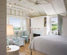Castle Hill beach cottage