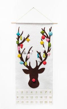 handmade christmas advent calendar, christmas decorations, crafts, seasonal holiday decor, wreaths