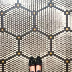 Stunning Mosaic Floor Design Ideas 12