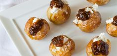 About how to make roasted baby potatoes and goats cheese - perfect as a pre-dinner nibble.