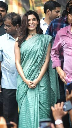 Exclusive photos of the beautiful Samantha Akkineni from various pre release events of her upcoming movie JAANU. Samantha Images, Samantha Ruth, Samantha Sarees, Photo Emma Watson, Saree Trends, Elegant Saree, South Actress, Jacqueline Fernandez, Indian Beauty Saree