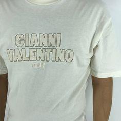 #clothing #shirt #valentinoitaly #vintagevalentino #plaintee #whitevalentino #valentinoshirt #embroideryvalentino #giannivalentino