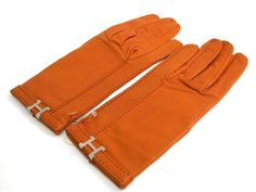 #HERMES Glove Lambskin Orange Brown (BF108770): Authenticity guaranteed, free shipping worldwide & 14 days return policy. Shop more #preloved brand items at #eLADY: http://global.elady.com