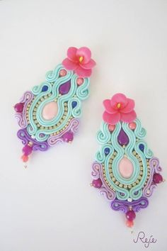 Shibori, Soutache Earrings, Crochet Earrings, Jewelry Accessories, Fashion Accessories, Soft Sculpture, Pink Fashion, Pansies, Beaded Embroidery
