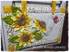 Small Quilt Projects, Quilting Projects, Sewing Projects, Fall Crafts, Diy And Crafts, Kitchen Chair Cushions, Sunflower Quilts, Sunflower Kitchen, Crochet Quilt