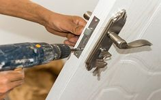 Contact our company Http://Www.Locksmithfortlauderdalepro.Com #Locksmith in Fort Lauderdale for emergency lockouts and opening, re-keying solution, and business high security locks. #LocksmithFortLauderdale