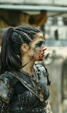 Octavia Blake, Marie Avgeropolous Related posts: Octavia from the Hair inspiration. Octavia the 100 hair The 100 octavia hair tutorial Cute Hairstyles, Braided Hairstyles, Fantasy Hairstyles, Viking Hairstyles, Hairstyle Braid, Wedding Hairstyles, Viking Braids, Marie Avgeropoulos, Grunge Hair