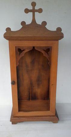 Oratório Capela Em Madeira Maciça Grande E Vidro. - R$ 390,00