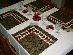 šavi patchwork - Fotoalbum - 1) Moje šití (My handworks) - Ubrusy a prostírání (table cloths and place mats) - Vánoční prostírání - letící husy