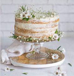 Wedding-Trends-2015-Semi-Naked-Wedding-Cakes-Pretty-Whimsical-Inspiration-Wedding-Ideas-BeforetheBigDay.jpg 738×760 pixels