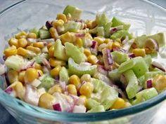 Dietetyczna sałatka z selera naciowego Side Salad, Keto Diet For Beginners, Potato Salad, Food Porn, Healthy Eating, Healthy Food, Easy Meals, Food And Drink, Lunch