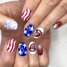 "148 Likes, 2 Comments - Liz Henson (@nails.byliz) on Instagram: ""Hope everyone has a safe and happy 4th of July!! ❤️❤️ . . . . #nails #acrylicnails #gelpolish…"""