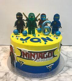 Tarta buttercream Lego Ninjago. Lego Ninjago, Birthday Cake, Desserts, Food, One Year Birthday, Pies, Sweets, Tailgate Desserts, Deserts