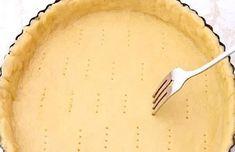 PÂTE BRISÉE 5 MINUTES SANS BEURRE : la recette facile - CULTURE CRUNCH Pate Sucree Recipe, Cooking Time, Cooking Recipes, Shortcrust Pastry, Bread Cake, Crunch, Biscuits, Bakery, Deserts