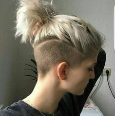 Top Hairstyles Undercut Women – Fashionre in 2020 Short Hair Undercut, Undercut Women, Short Hair Cuts, Undercut Hairstyles Women, Growing Out Undercut, Bob With Undercut, Undercut Girl, Undercut Ponytail, Undercut Styles