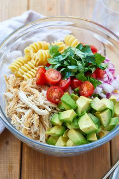 Healthy Chicken Pasta Salad - chicken salad recipe - Packed with flavor, protein and veggies! This healthy chicken pasta salad is loaded with tomatoes, avocado, and fresh basil. - recipe by 332281278757699951 Chicken Pasta Salad Recipes, Healthy Chicken Pasta, Salad Chicken, Basil Chicken, Garlic Chicken, Shrimp Recipes, Grilled Chicken, Clean Eating Snacks, Healthy Snacks