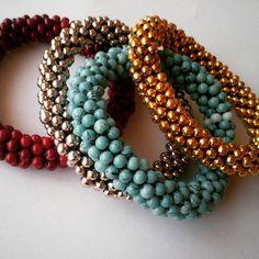 #bracelet #bileklikler #bileklik #beadcrochet #crochet #handmadeaccessories #tasarım #takı #peyote #handmade #yazlık #takılar #eryaman #handmadeart #ankara WhatsApp 05423876252