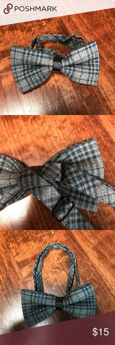 Men's or child's pre-tied adjustable bow tie New, never worn, pre-tied adjustable bow tie. Can be used for a child or adult. Accessories Ties