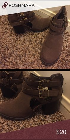 Booties with buckles Bought at tillys last year barely worn! Questions ask below! Soda Shoes Ankle Boots & Booties