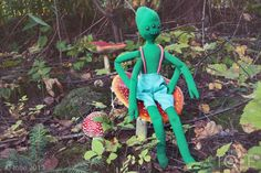 Toby the alien form TOBE Garden Sculpture, Toys, Outdoor Decor, Home Decor, Homemade Home Decor, Toy, Interior Design, Games, Home Interiors