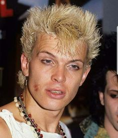 Male Icon, 80s Hair, Billy Idol, Harry Styles Photos, Gothic Rock, Hubba Hubba, Hair Bands, Rock N Roll, Divas