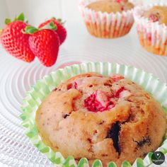 Muffins de Morango e Chocolate | Muffins Strawberry and Chocolate -- Vegan
