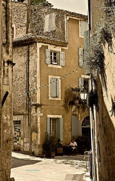 Menerbes, Provence, France. Pure rural French.