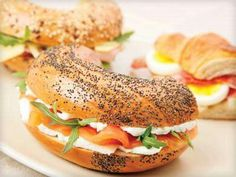 Welcome to bagel buffet. we offer healthy, fresh american & deli fare using only the finest ingredients and fresh products. check out our new inter-active Healthy Low Carb Recipes, Healthy Recipe Videos, Healthy Snacks, Finger Food Appetizers, Finger Foods, Appetizer Recipes, Low Carb Egg Muffins, Healthy Alcoholic Drinks, Pumpkin Chocolate Chips