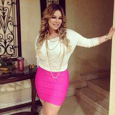 Jenni Rivera's Daughter Chiquis To Release Second Music Video  #jennirivera #Chiquis #chiquisrivera #premiosjuventud #palomanegra #PalomaBlanca #latinocelebrity  #mexican #Banda #Mexico #Celebrity #latino