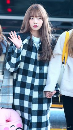 181213 ICN 출국 #izone #yuri Yuri, Fashion Models, Girl Fashion, Fashion Outfits, Kpop Girl Groups, Kpop Girls, Honda, Strawberry Hair, Korean People