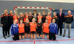 Handbalsters Tabor College Hoorn onderweg naar WK handbal voor scholieren