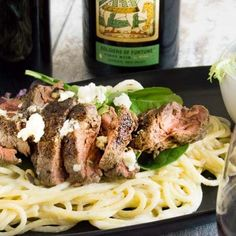 Steak with Gorgonzola Pasta is a budget friendly, yet special enough for company recipe. Made in less than 30 minutes served directly served from the same pan you cook it in! Steak Gorgonzola, Steak Pasta, Lemon Pasta, Sirloin Steaks, One Pan Meals, Pasta Recipes, Yummy Food, Cooking, Budget