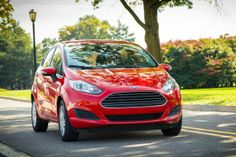 We're proud to announce that the EPA has certified the 2014 Ford Fiesta at 45 mpg highway! This makes the 2014 Ford Fiesta America's most fuel-efficient non-hybrid, gasoline-powered car. Mobiles, Most Fuel Efficient Cars, Car Buying Guide, Used Car Prices, Chevrolet Spark, Ford Fiesta St, Diy Simple, Ford News, Car Magazine